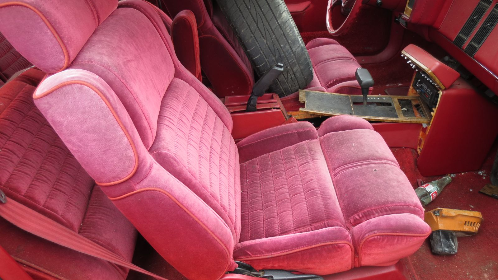 this 1985 buick somerset regal limited is a junkyard gem autoblog 1985 Buick Somerset Interior antiquated g body platform and the somerset regal was an n body front wheel drive pact for 1985 and 1986 the car became the buick somerset