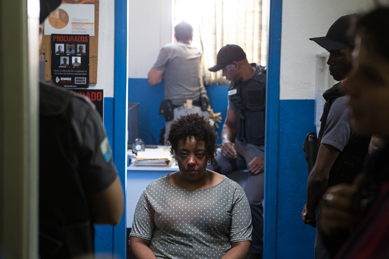 pra%3Fa+paris Praça Paris, um thriller que examina o pavor e a violência no coração do Rio de Janeiro