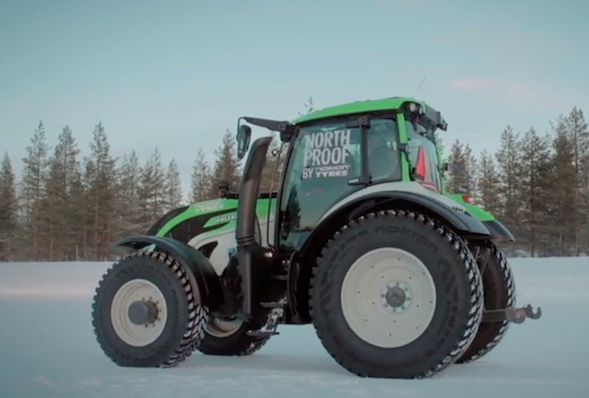 Tractor world record attempt