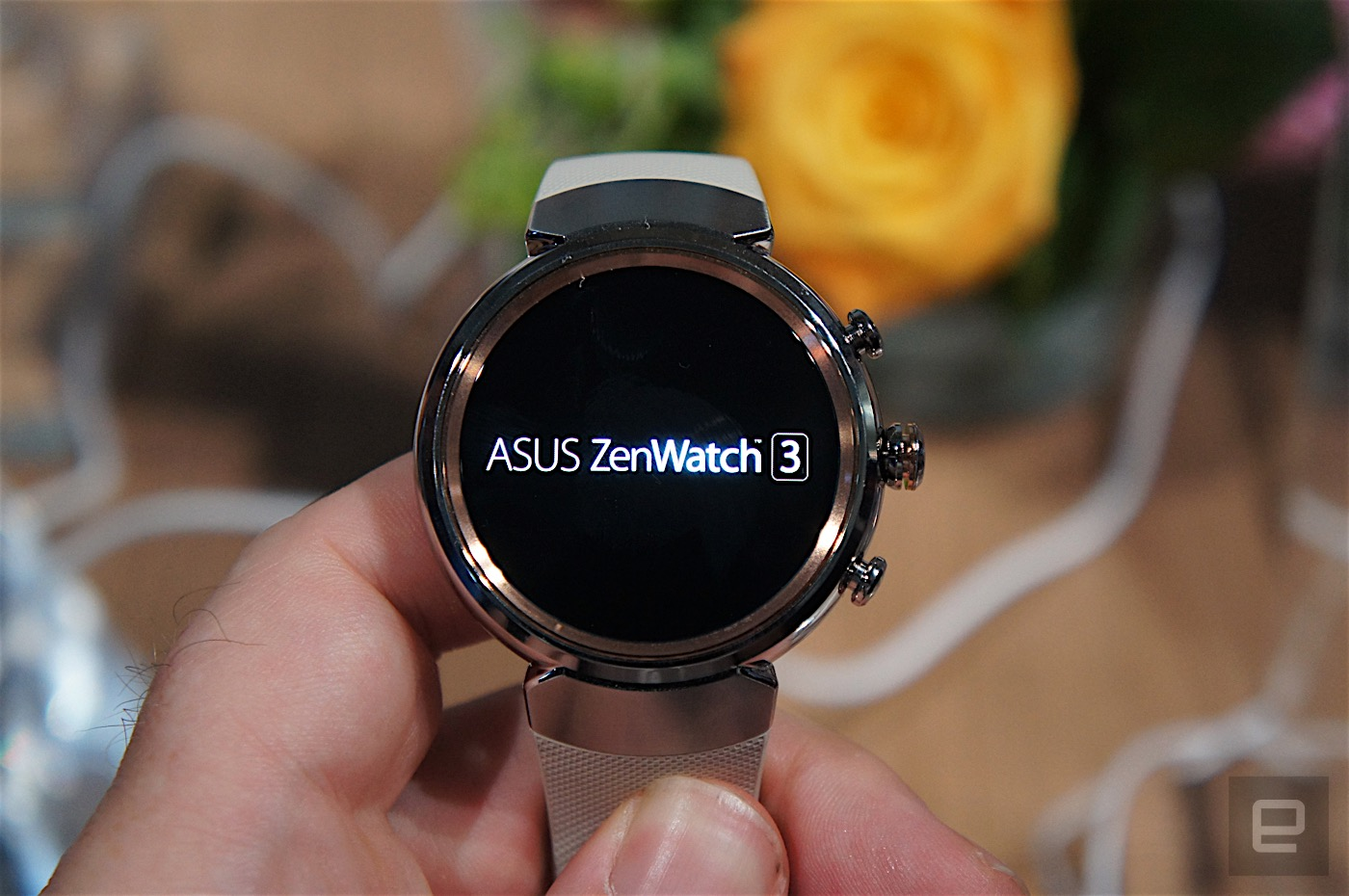 asus 39 zenwatch 3 brings fast charging to your wrist. Black Bedroom Furniture Sets. Home Design Ideas