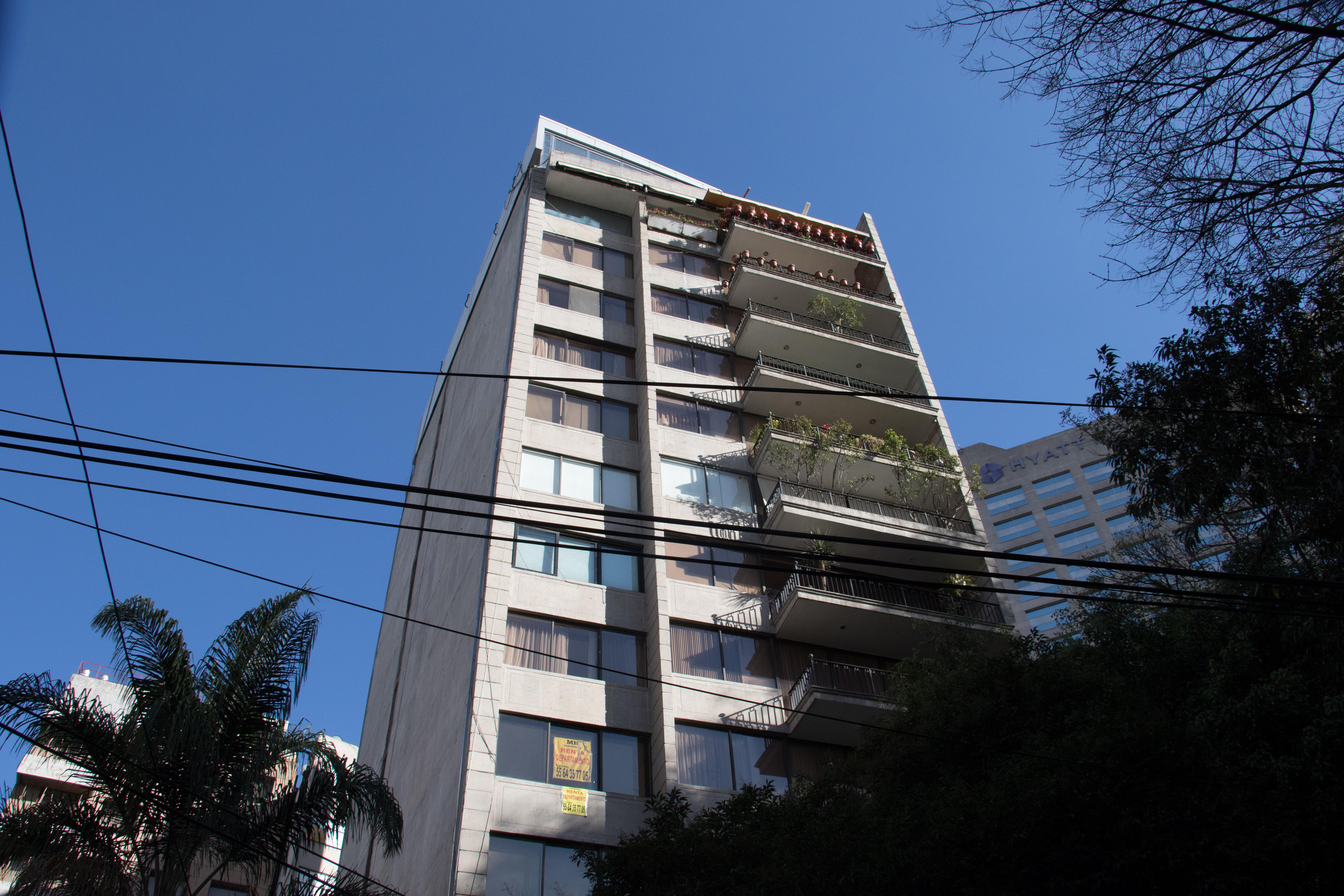 Departamento de Elba Esther Gordillo en la calle de Galileo en la Colonia Polanco, Ciudad de