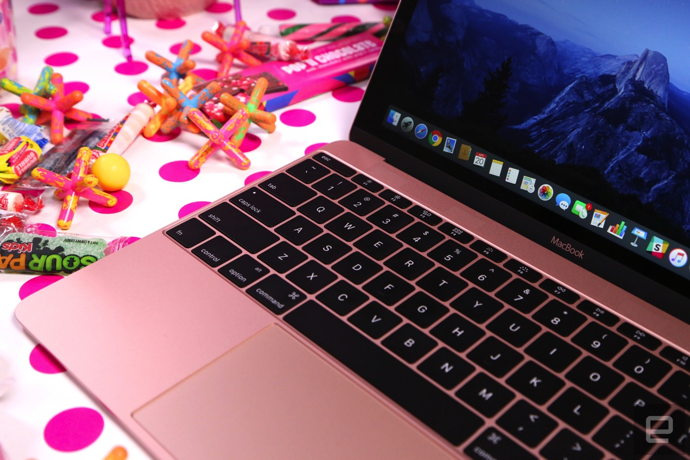 Apple's updated MacBook is indeed faster with longer battery life ...