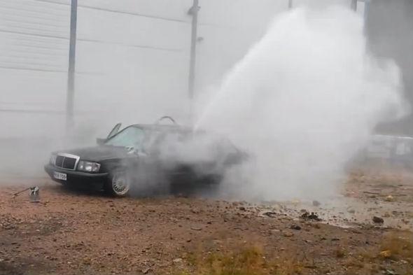 Mercedes 190 destroyed by pressure washer