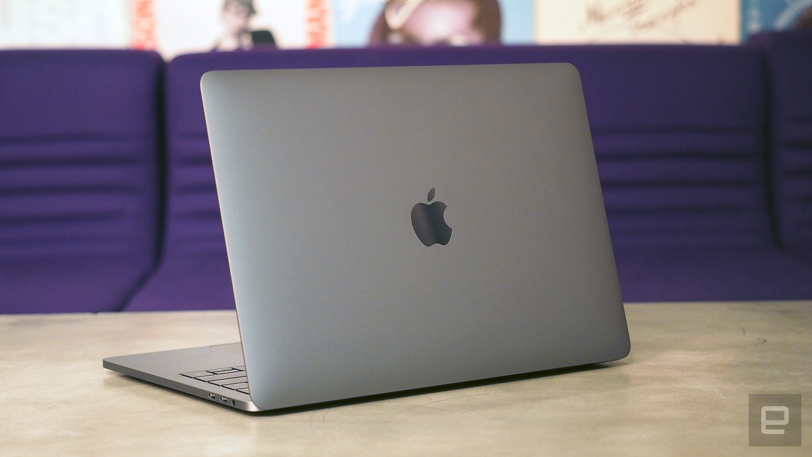 アップル、次期Macに新たな独自...