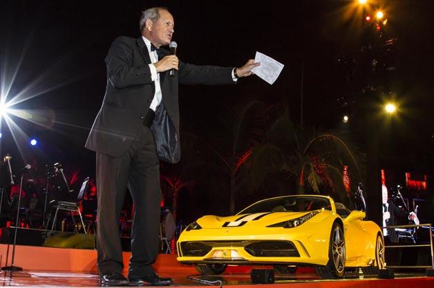 フェラーリ「458 スペチアーレA」の最初の1台が9626万円で落札