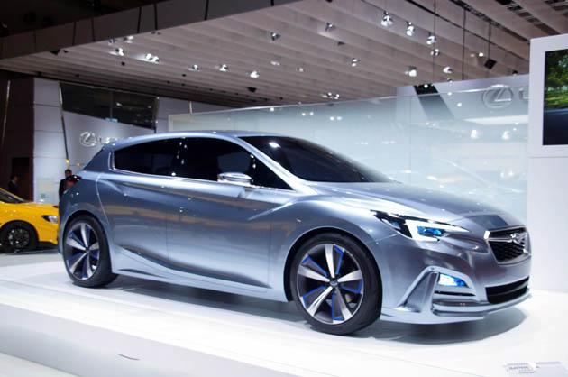 【東京モーターショー2015】スバルのデザイン部長に訊いてみた!! 次期型「インプレッサ」について