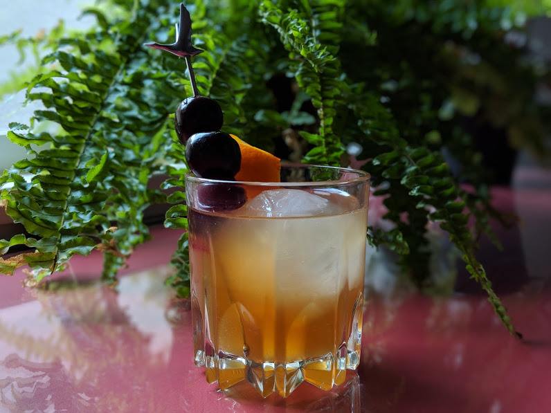 The Easiest Way To Make Fancy Cocktails Is A Garnish No One