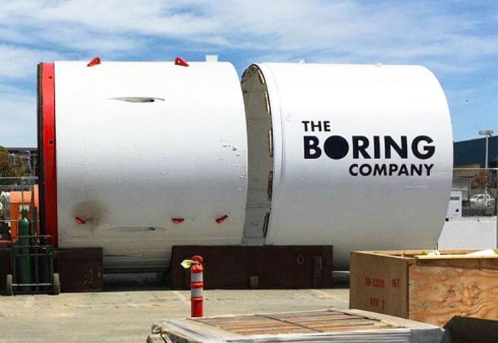 Watch Elon Musk's Boring elevator hide a car underground