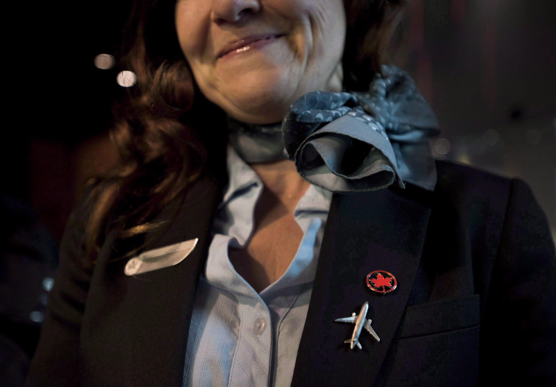 Le syndicat représentant les agents de bord d'Air Canada a récemment porté plainte à la Commission des...