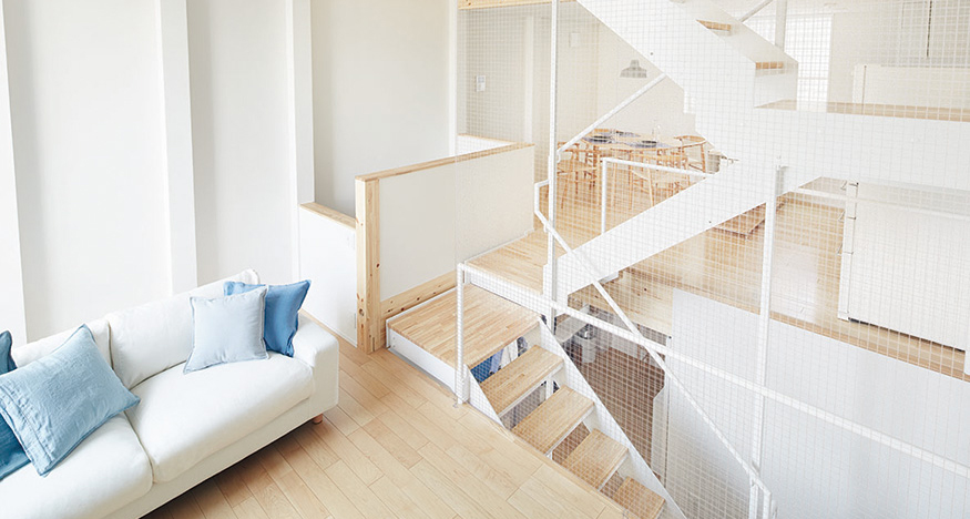 Japanese company designs flat-pack homes - AOL