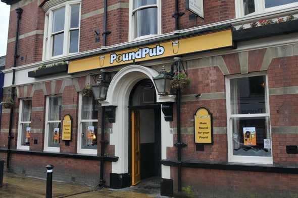 manchester-opens-first-pound-pub