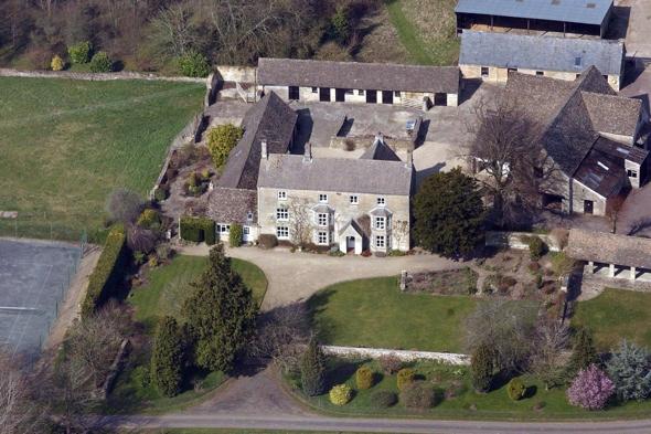 Elizabeth Hurley selling luxury Cotswolds mansion for £6 million