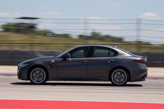 イタリア車のアルファ ロメオ「ジュリア クアドリフォリオ」が、今年の「カー・オブ・テキサス」に選ばれる