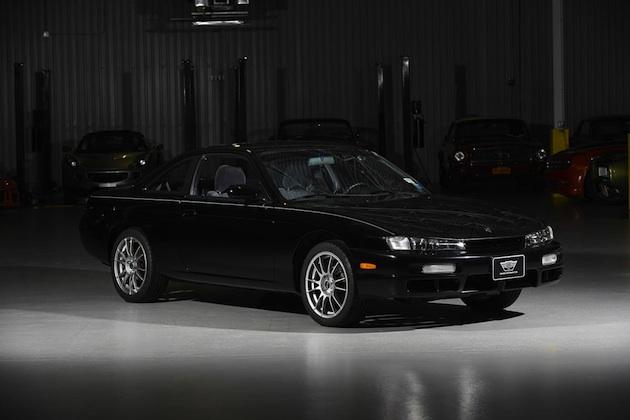 新車同然でリビングルームに保管されていた1997年型日産「240SX」が販売中!