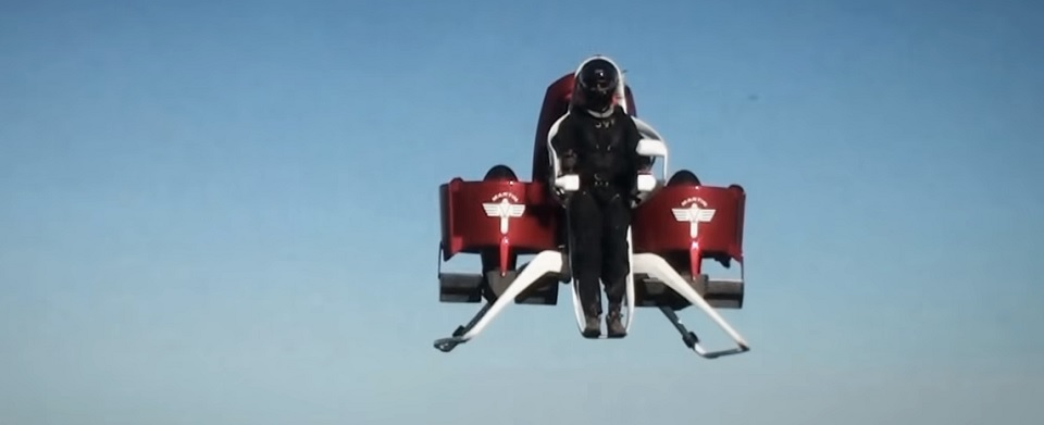 迪拜政府采购喷射背包来应对火灾...