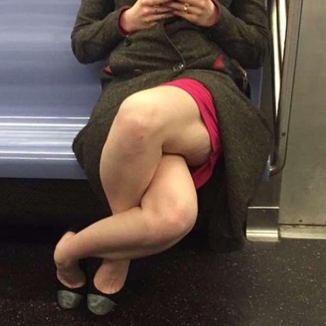 Commuter baffles internet with bizarre leg position