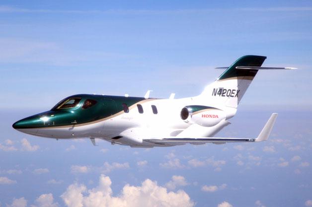 ホンダ、小型ジェットの量産1号機が初の飛行テストに成功!