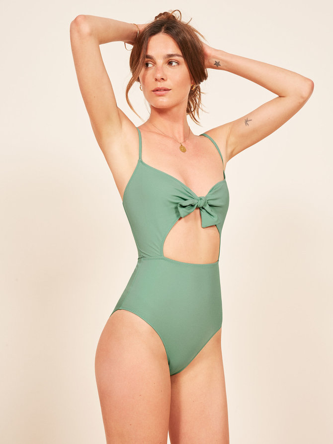 Best Bathing Suits: 10 Smoking-Hot Picks That Will Make You Feel