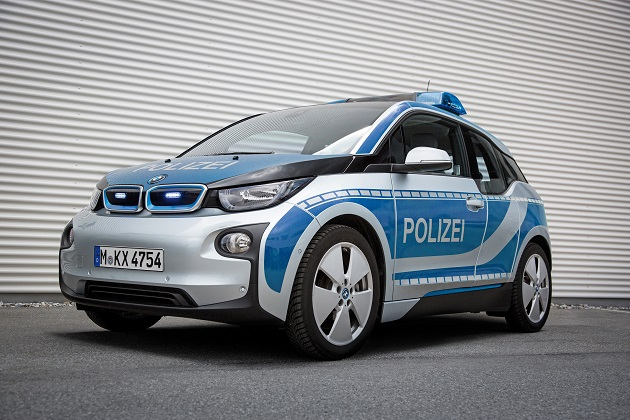 BMW「i3」、緊急車両として消防局や警察で活躍中!