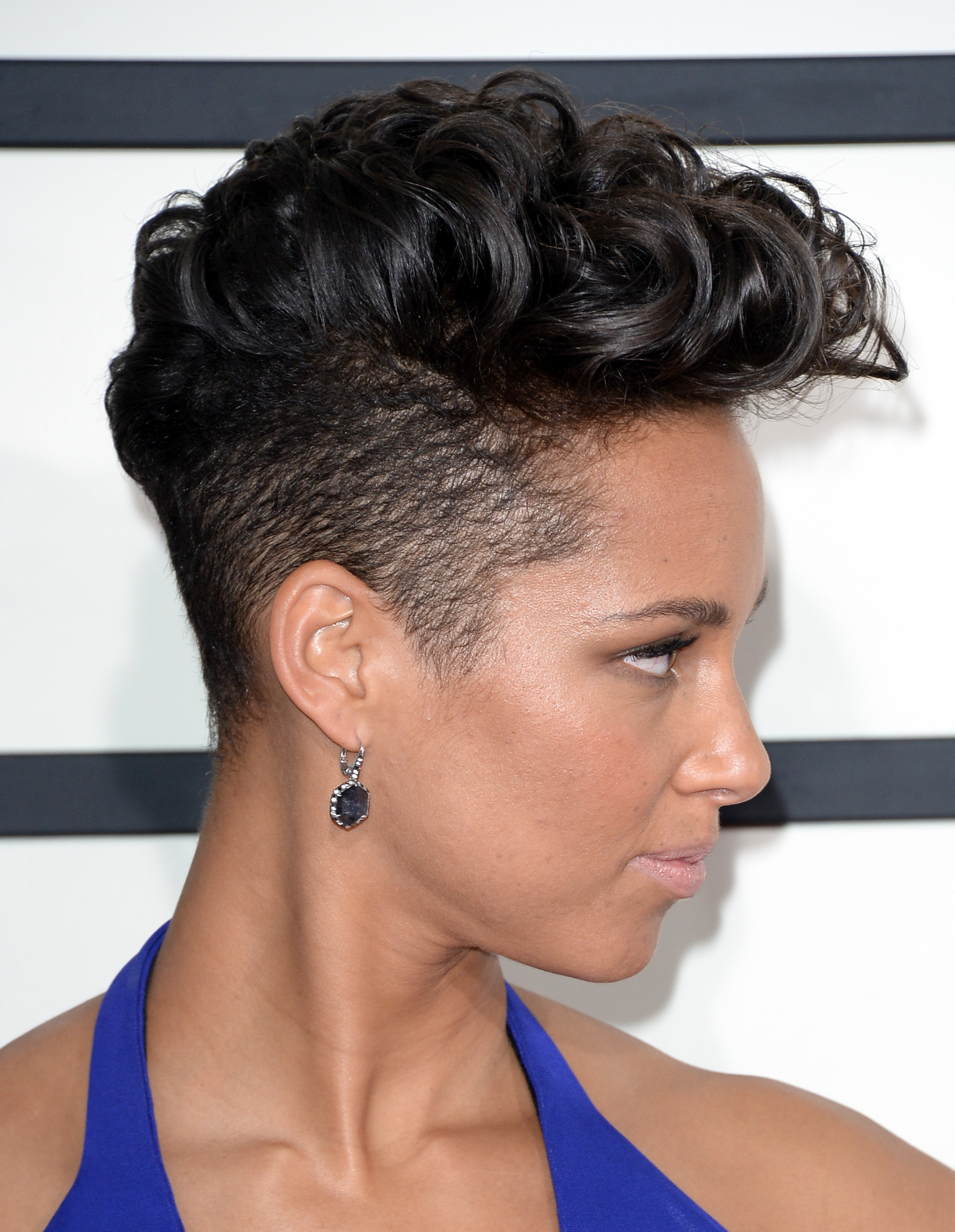 10 Gorgeous Short Haircuts That Are Putting Long Hair To
