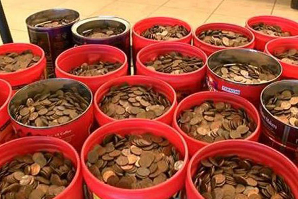 The 500lb of pennies