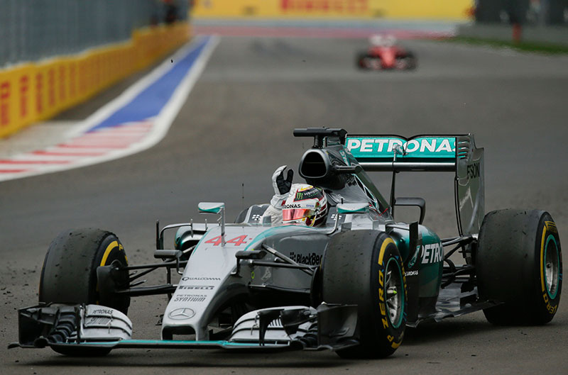 Lewis Hamilton wins the 2015 Russian Grand Prix.