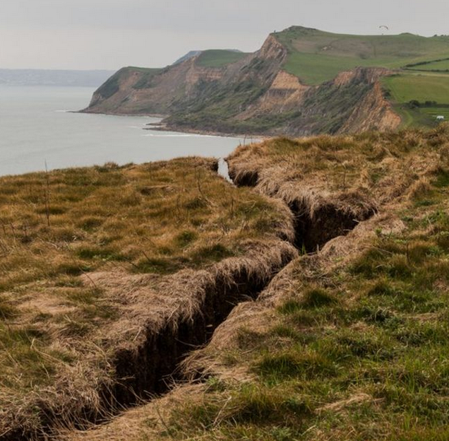 Dorset Jurassic Coast cliff crack is 'clearly going to fall off'