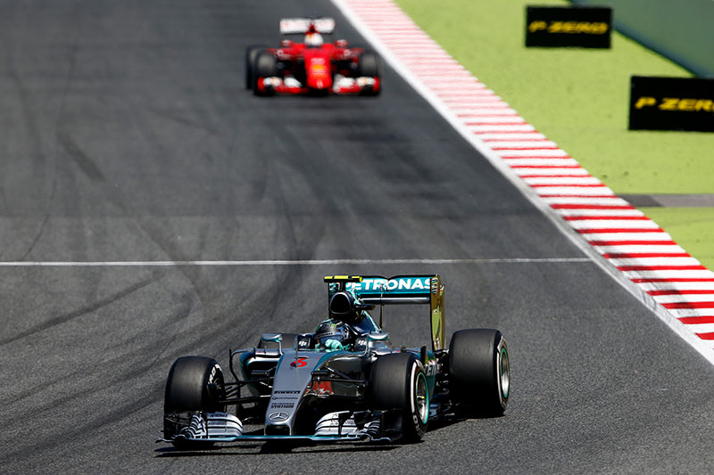 Nico Rosberg leads the 2015 Spanish Formula One Grand Prix.