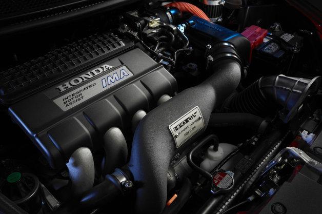 ホンダが「CR-Z」向けのスーパーチャージャーキットを発売