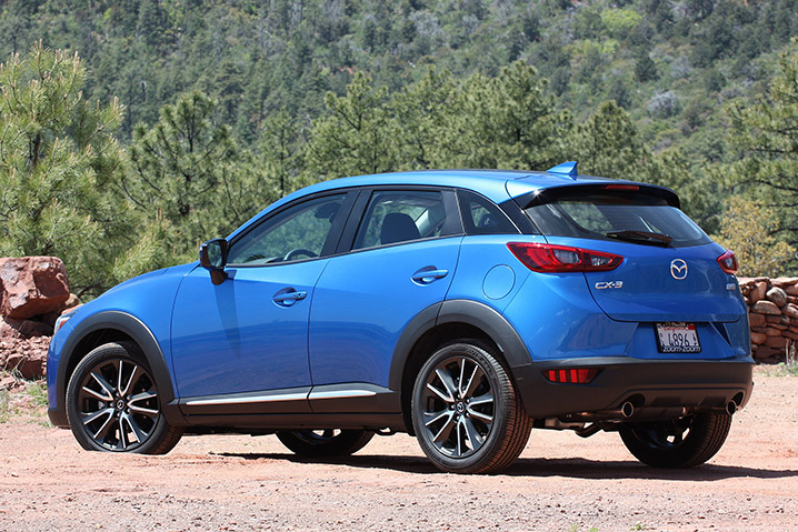 2016 mazda cx 3 first drive autoblog. Black Bedroom Furniture Sets. Home Design Ideas