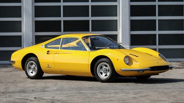 フェラーリ「ディーノ」のプロトタイプが、ペブル・ビーチのオークションに登場! 繊細なボディ・ワークとエンジンの向きに注目