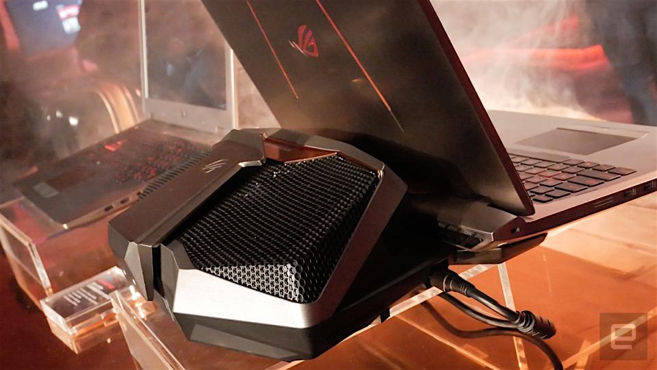華碩 ROG GX700 水冷電競筆電在台登場,售台幣 17.9 萬(動手玩影片)