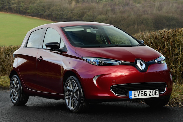 first uk drive renault zoe aol. Black Bedroom Furniture Sets. Home Design Ideas