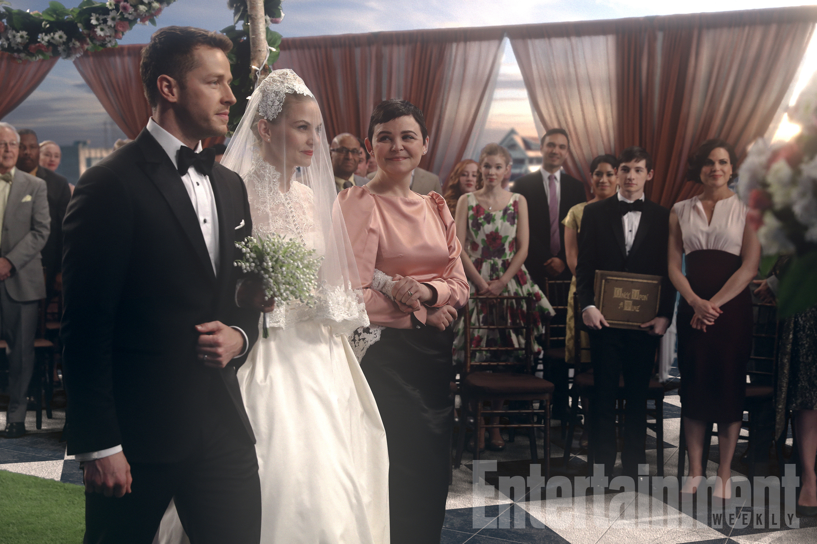 "ONCE UPON A TIME - ""The Song in Your Heart"" (ABC/Jack Rowand)JOSH DALLAS, JENNIFER MORRISON, GINNIFER GOODWIN"