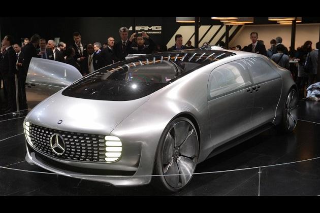 【北米国際自動車ショー2015】メルセデス・ベンツの自動運転車のコンセプトは超未来的!