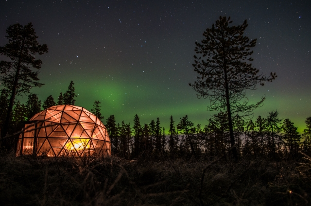 Aurora dome autumn Northern Lights holiday