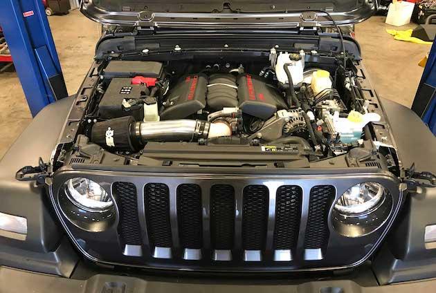 ジープの新型「ラングラー」に、シボレー製V8エンジンを搭載する改造キットが早くも登場!