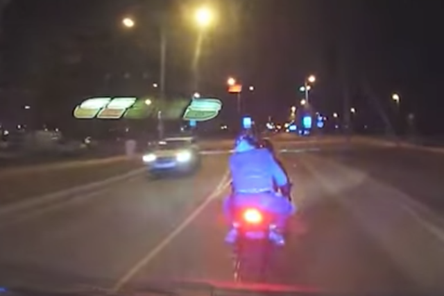 Estonian cops ram motorcyclist in dramatic police chase - AOL