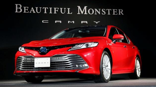トヨタ、新型「カムリ」でセダンの復権を目指すと語る