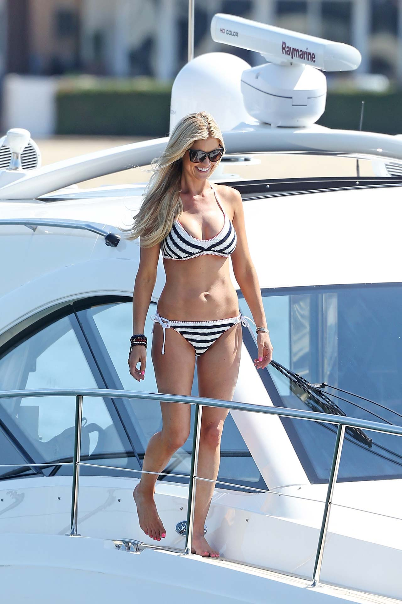 Newport, CA  - *EXCLUSIVE* Christina El Moussa and Doug Spedding spend the 4th of July on her boat  'Bad Decisions' formally know as 'Flips and Flops' in Newport, CA. The new couple spent the afternoon with her daughter Taylor. Shot on 07/04/17  Pictured: Christina El Moussa  BACKGRID USA 5 JULY 2017   BYLINE MUST READ: Mr Plow / BACKGRID  USA: +1 310 798 9111 / usasales@backgrid.com  UK: +44 208 344 2007 / uksales@backgrid.com  *UK Clients - Pictures Containing Children Please Pixelate Face Prior To Publication*