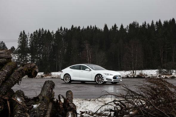 Tesla Model S Sweden road trip