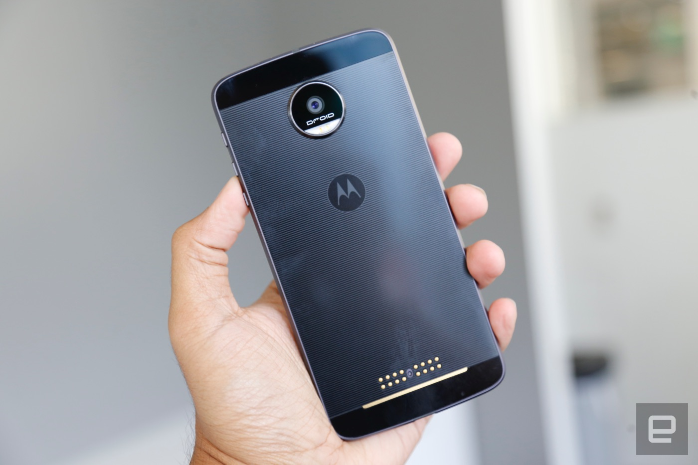The Moto Z And Force Are As Controversial They Ambitious Motorolla E3 Power Casing Back Case Kasing Design 40