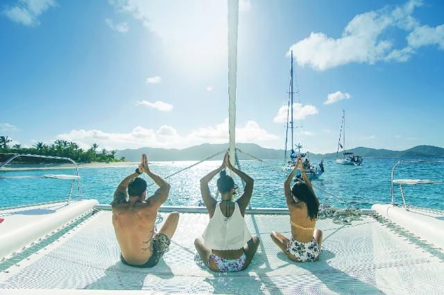 Antlos yoga on boat
