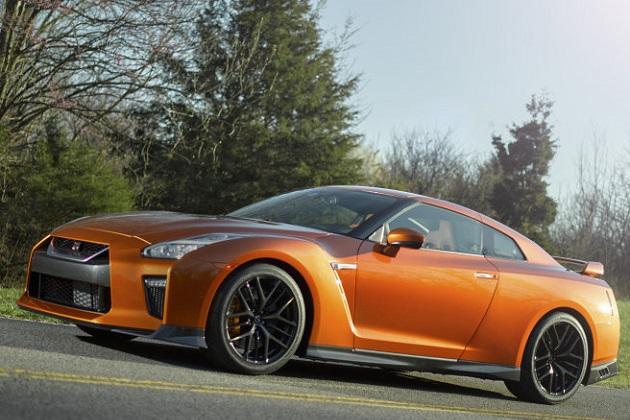 次世代型の日産「GT-R」はハイブリッド・ハイパーカーの領域に...!?