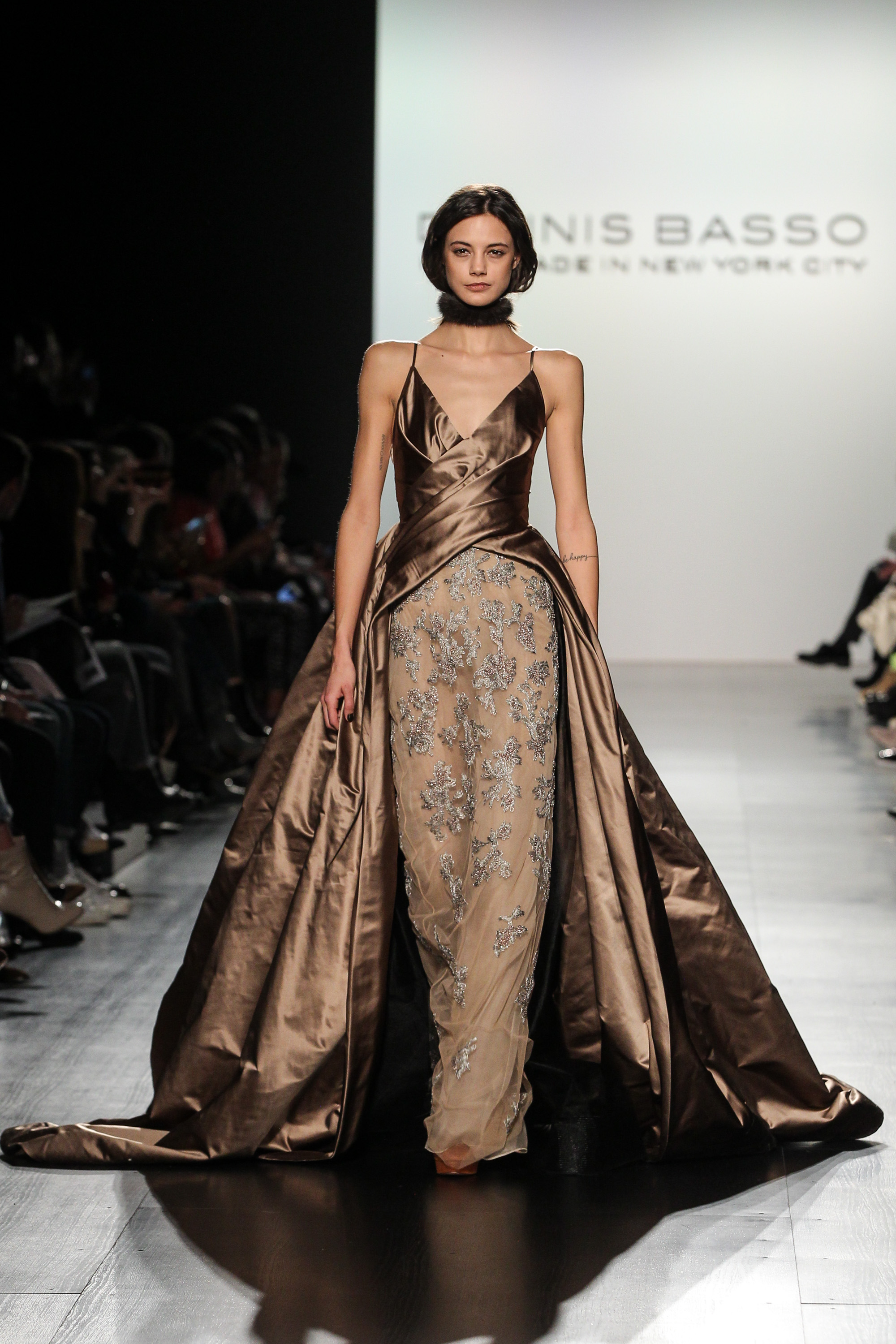 NYFW: Dennis Basso\'s Fall 2017 collection is the picture of elegance ...
