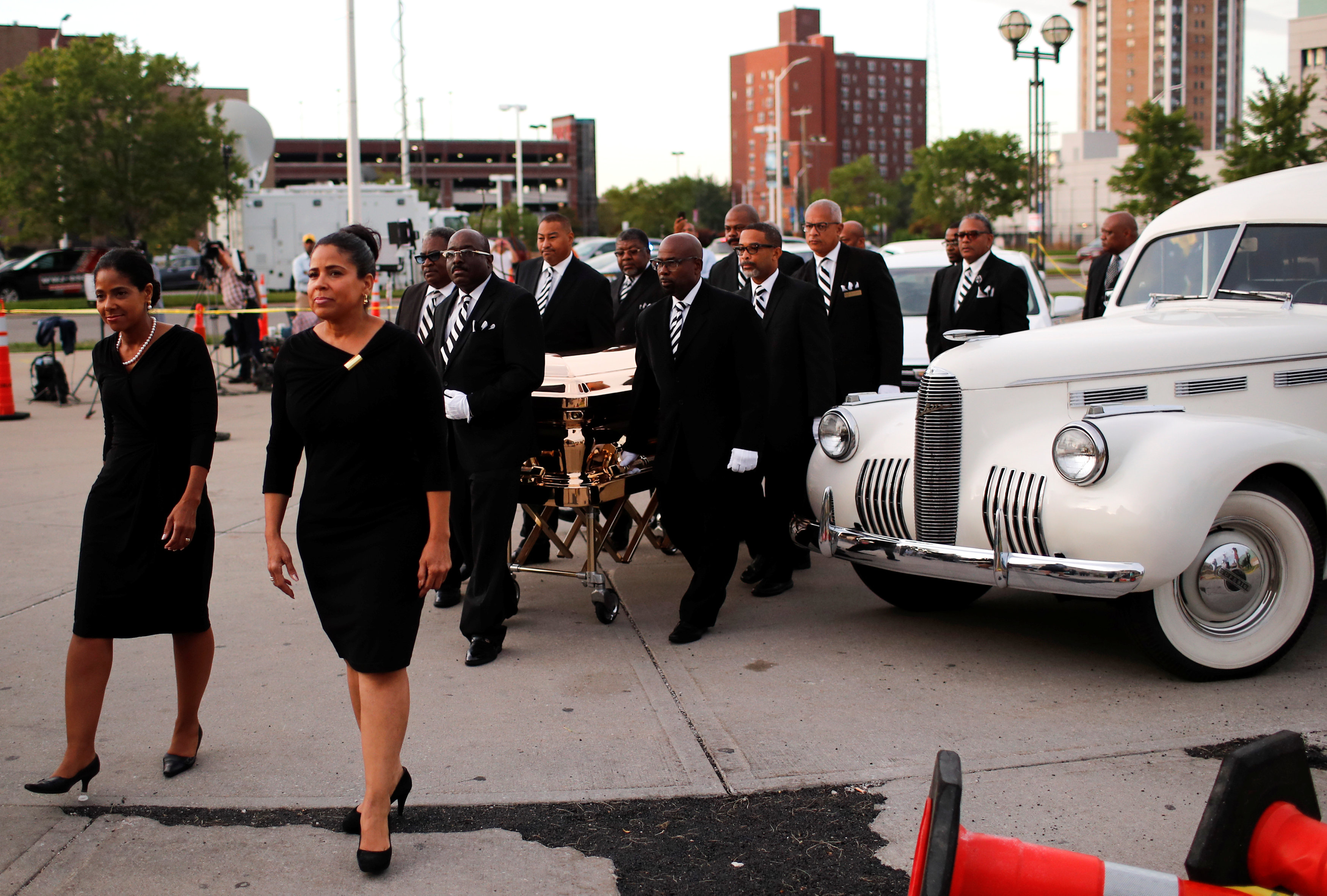 The casket carrying the late singer Aretha Franklin arrives at the Charles H. Wright Museum of African American History for the second day of a public viewing in Detroit, Michigan, U.S., August 29, 2018. REUTERS/Mike Segar