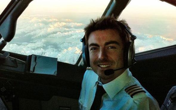 Ryanair pilot calls passengers 'morons'