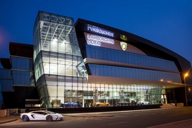 世界最大のランボルギーニ・ディーラーがドバイにオープン