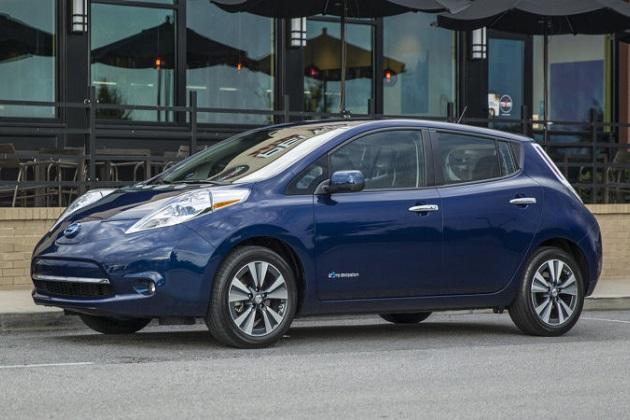 テスラ幹部、主要自動車メーカーの電気自動車を「家電製品より少しマシ」と発言
