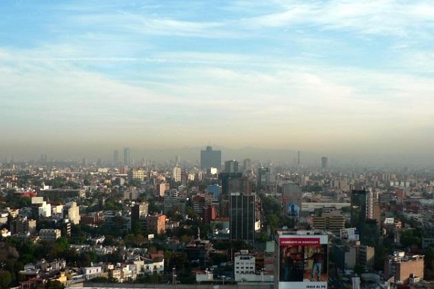 メキシコシティ、11年ぶりに大気汚染が悪化しクルマの使用を再び制限